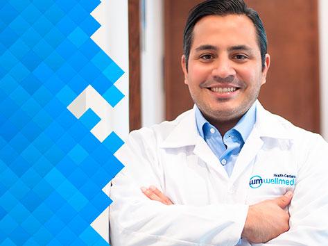 Dr. Daniel Martínez, Neurólogo